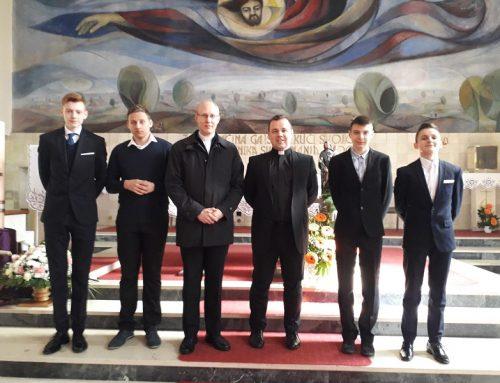 Sjemeništarci s prefektom posjetili župu sv. Josipa Radnika u Novom Virju