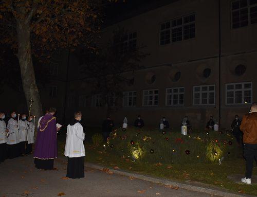 Prefekt Premelč predvodio obred blagoslova adventskog vijenca i paljenje prve adventske svijeće