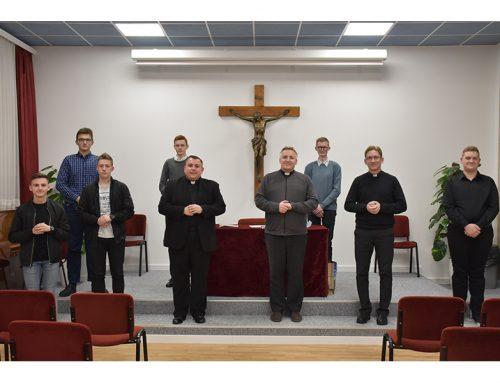 Biskupski vikar za kler pohodio sjemeništarce Varaždinske biskupije